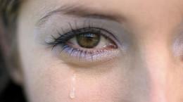 تعبیر خواب اشک : 16 نشانه و تعبیر اشک و اشک ریختن در خواب