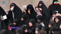 فیلم گریه حاضران هنگام سخنرانی رهبر انقلاب درباره سردار سیلمانی