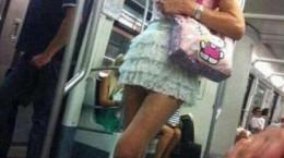 مسخرشو درآوردن..!! تو مترو ( تصاویر طنز سری نهم)