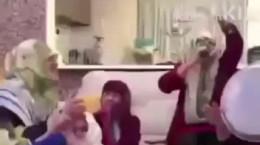 کلیپ خوشحال و رقص مادرا بعد از تمام شدن مدرسه