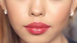 کلیپ آموزشی آرایش صورت فوق العاده ساده و شیک