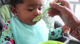 روش و شیوه غذا دادن به کودکان