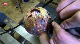 ساخت ماکت کره زمین با مداد رنگی