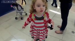 عکس العمل دختر بچه آمریکایی بعد از شنیدن اذان