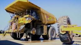 کلیپ تعویض چرخ کامیون 4 تنی - دامپتراک