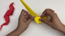 آموزش درست کردن کاردستی مار با کاغذ رنگی