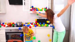برنامه کودکانه ولاد و نیکیتا - بازی با توپ های رنگی
