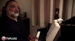 کلیپ اجرای زنده با پیانو علیرضا عصار از آهنگ جدیدش به نام لالایی