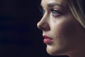 گریه جنسی : علت ناراحتی و گریه بعد از رابطه زناشویی چیست؟