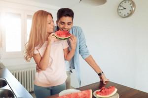 درمان اختلال نعوظ با هندوانه : چگونه نعوظ بهتری داشته باشیم؟