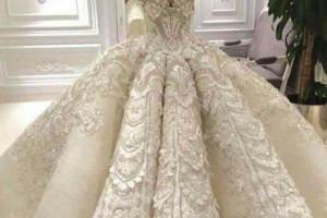 بیش از 30 مدل لباس عروس بدن نما با انواع طرح های مدروز