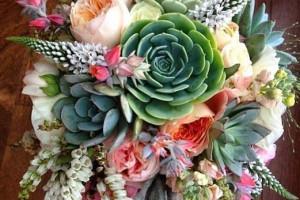 مدل دسته گل عروس ۲۰۲۰ | عکس هایی از دسته گل عروس برای عقد جدید