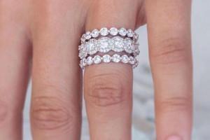۱۰۰ مدل حلقه های ازدواج جدید ۲۰۱۹ با طرح های شکیل و بینهایت زیبا