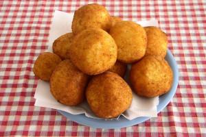 آرانچینی : دستور تهیه غذای محبوب ایتالیایی آرانچینی