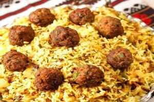 دستور پخت پلو ترش یک غذای سنتی ایرانی
