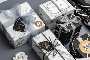 ۱۲ کادو لاکچری مورد علاقه خانم ها : بهترین هدیه برای تولد همسر