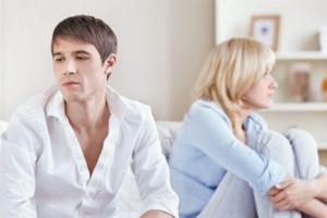 با سرد مزاجی و بیمیلی زنم در رابطه جنسی چه کار کنم ؟