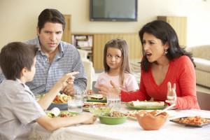 توصیه های کاربردی برای ارتباط بهتر مادر خوانده و پدر خوانده ها