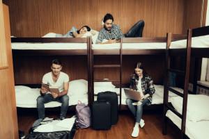 هاستل چیست ؟ تفاوت هاستل و هتل در چیست ؟