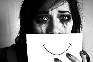۵ خطر و آسیب جدی پیش روی دختران جوان
