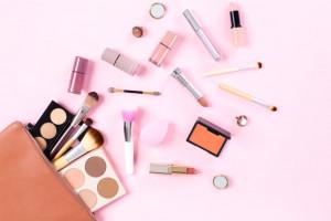 توصیه هایی مهم و کاربردی در خرید لوازم آرایشی مناسب
