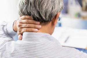 آیا درد شانه و گردن نشانه دیسک ستون فقرات است؟