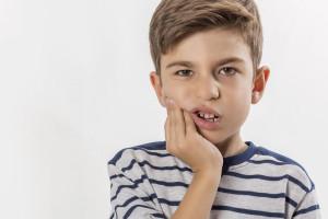 با 5 روش ساده دندان درد فرزندتان را درمان کنید