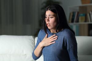 چرا در زمان دراز کشیدن دچار تنگی نفس (ارتوپنه) می شویم؟