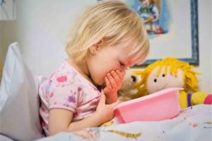 علت سندرم استفراغ دوره ای چیست؟