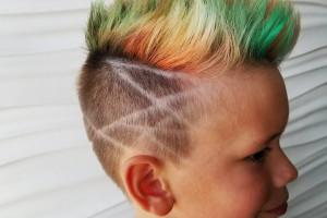رنگ کردن موی سر کودکان چه عوارضی دارد؟