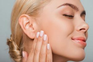 جوانسازی پوست به روش اس وی اف ژل چقدر فایده دارد؟
