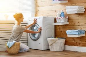 علت قفل شدن و باز نشدن درب ماشین لباسشویی چیست ؟