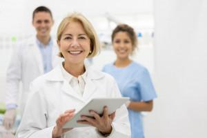 تفاوت دندانپزشکی ترمیمی با دندانپزشکی زیبایی چیست ؟