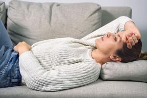 نفخ قاعدگی | علت نفخ شکم در زمان پریودی چیست ؟