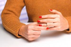 راحت ترین روش گفتن خبر طلاق به دوستان و اطرافیان