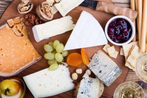 پنیر رژیمی   4 نوع پنیر رژیمی خوشمزه ، کمچرب و کمنمک