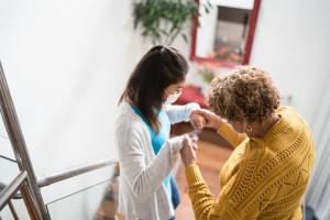 ثواب و پاداش فراوان پرستاری و مراقبت از بیماران در آخرت
