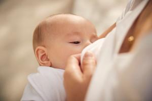 تاثیر شیر مادر بر تقویت سیستم ایمنی بدن نوزادان