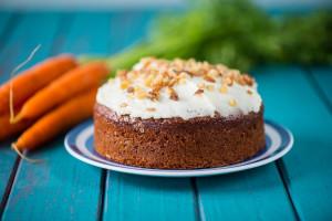طرز تهیه کیک هویج ساده و خوشمزه : مرحله به مرحله