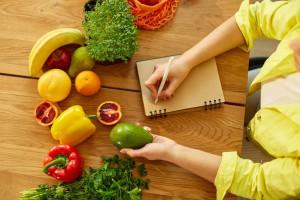 چگونه برنامه غذایی هفتگی برای خانه بنویسیم ؟