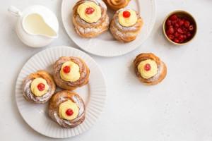 طرز تهیه شیرینی زیپوله (zeppole) خانگی با سادهترین مواد اولیه