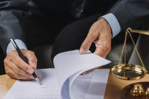 وکالت کاری چه شرایطی دارد؟