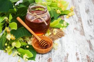 ویژگی ها و خواص بارز عسل نمدار چیست ؟