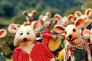 دانلود آهنگ مدرسه موش ها (باکلام،بیکلام) با کیفیت عالی