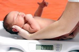 ۱۲ علت اصلی تولد نوزاد با وزن کم هنگام تولد