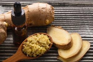 ۱۰ خاصیت دارویی و درمانی روغن ریشه زنجبیل