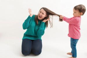 علت مو کشیدن در کودکان چیست ؟