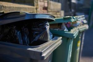 تعبیر خواب سطل زباله : 15 معنی و تعبیر سطل زباله ( آشغال ) در خواب