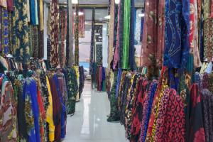 فیلم افتتاحیه پارچه فروشی در مهاباد همه را شوکه کرد!
