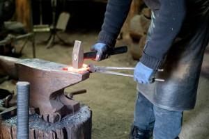خواب آهنگری: تعبیر آهنگری و آهنگر در خواب چیست ؟